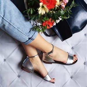 Shoes - Metallic Leather Flat Sandals - Ankle and Toe Stra